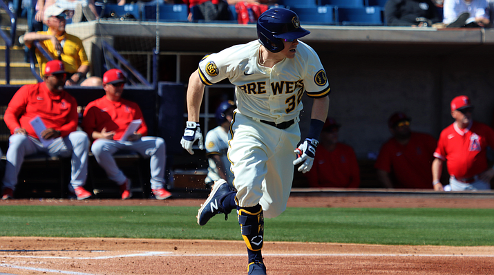 """Milwaukee Brewers infielder Brock Holt hails from Texas but many MLB players come from other parts of the world. """"Having everybody come in from different states and countries,"""" could provide challenges, sportswriter Bob Nightengale said. (Photo by Reno Del Toro/Cronkite News)"""