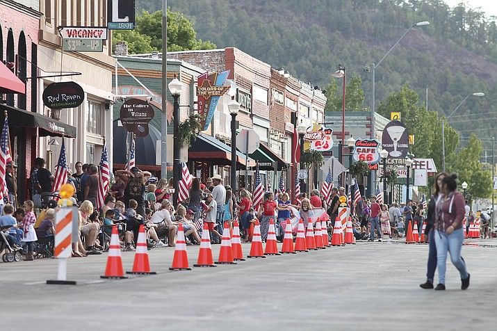 The city of Williams has decided to move forward with plans to provide fireworks and a parade for the Fourth of July. (Loretta McKenney/WGCN)