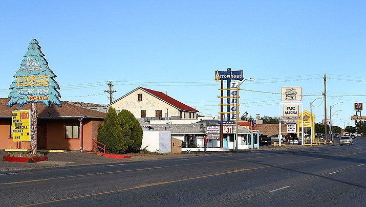 A coronavirus outbreak has overwhelmed the hospital in Gallup, New Mexico. (Photo by Tim Adams, cc-by-sa-3.0, https://bit.ly/3c5PYHm)