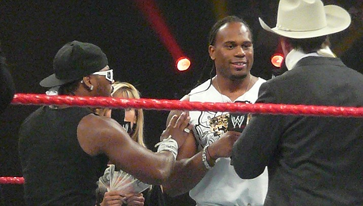The body of WWE pro Shad Gaspard was found on Venice Beach in Los Angeles on Wednesday, May 20. Gaspard, center, drowned after he was caught in a rip current last week. (Photo by Will Beardmore, cc-by-sa-2.0, https://bit.ly/36dNxR8)