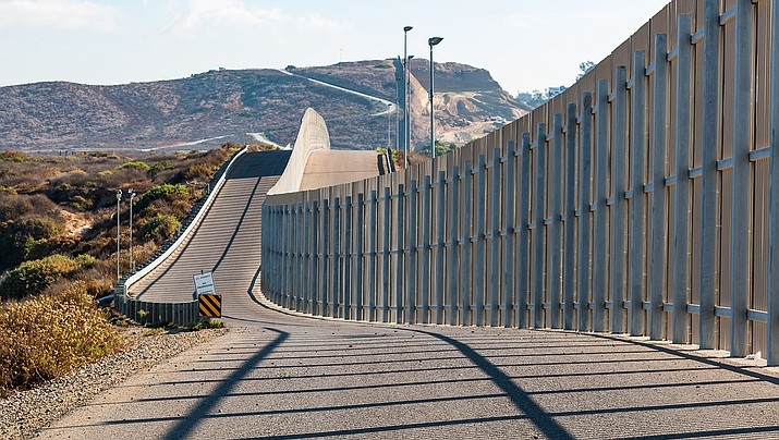 A $1.3 billion contract has been awarded for a 42-mile section of border wall in Arizona. (Adobe image)