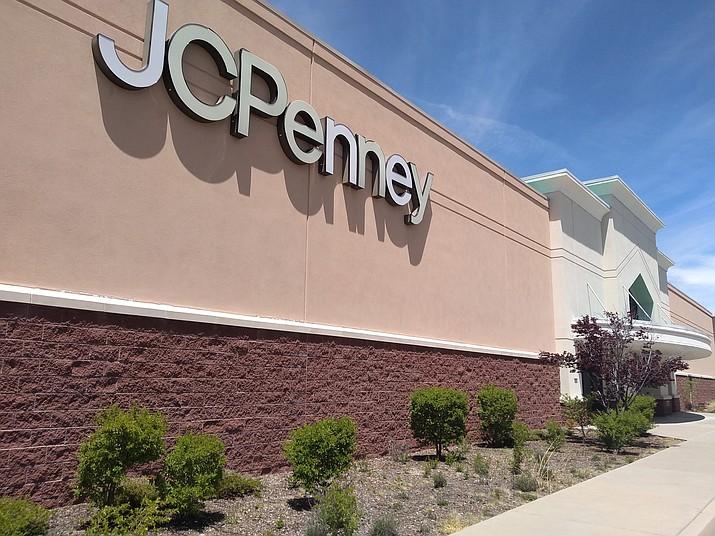 JC Penney's doors remain shut in Prescott, on May 6, 2020. (Jesse Bertel/Courier)