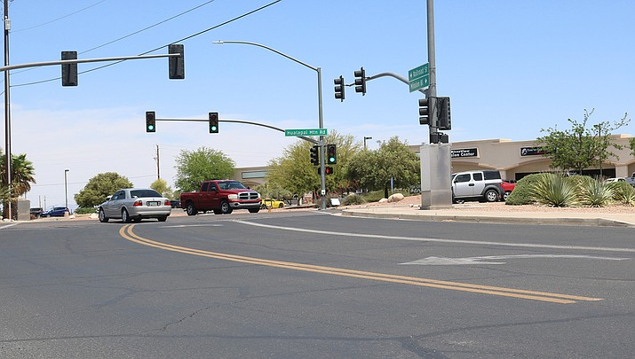 The City of Kingman will begin painting lines on streets on Tuesday, May 26. The city recommends that motorists not drive through fresh paint. (Photo by Travis Rains/Kingman Miner)