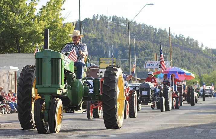 Applications for the 2020 Williams 4th of July Parade are now available. (Loretta McKenney/WGCN)