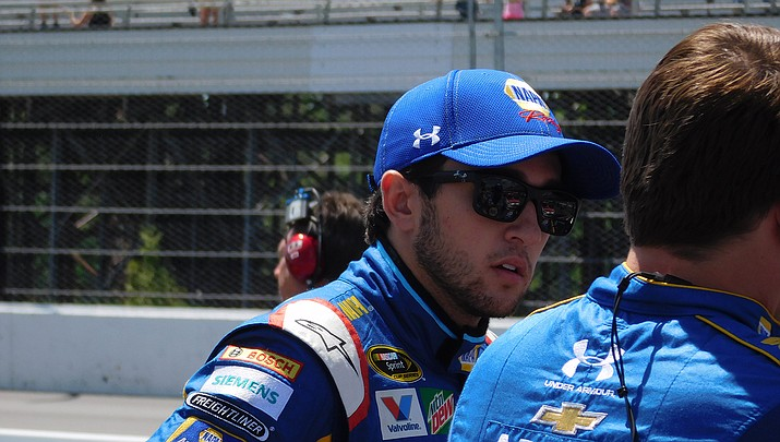 NASCAR driver Chase Elliott has a newfound rivalry with Kyle Busch after Busch put Elliott into the wall at Darlington Raceway on Wednesday, May 20. (Photo by Zach Catanzareti, cc-by-sa-2.0, https://bit.ly/2AU73Xh)