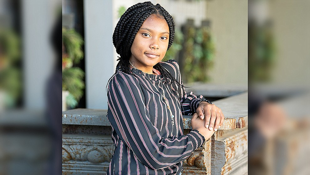 These are AZ's children: Nieghjaya is a mature young lady with a beautiful soul. Once you get to know her, you see her goofy side, too! She likes to stay active and participates in basketball, soccer and dance. Nieghjaya excels in school and is taking several advanced classes. Get to know Nieghjaya at https://www.childrensheartgallery.org/profile/nieghjaya and other adoptable children at the childrensheartgallery.org.