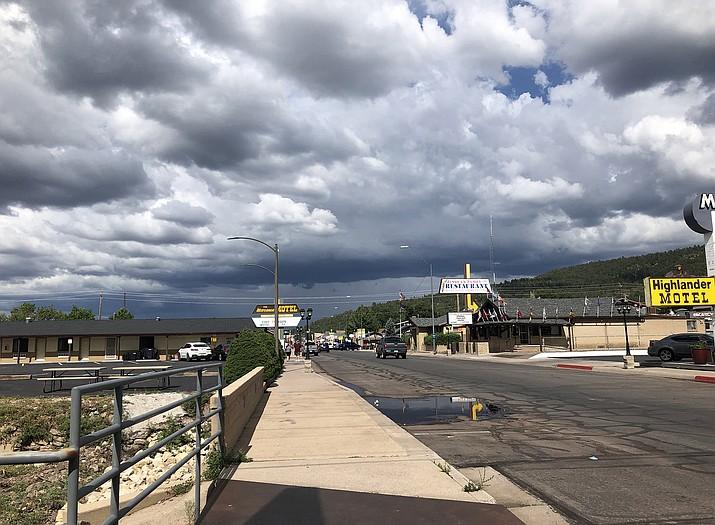 June 15 officially kicks off the 2020 monsoon season for Arizona. (Wendy Howell/WGCN)