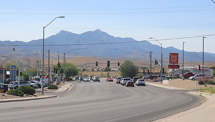 Kingman City Council has approved a project to comply with the Americans with Disabilities Act by removing barriers and replacing curb cuts, driveways and sidewalks at the intersection of Andy Devine Avenue and Stockton Hill Road, including Johnson and Broadway avenues. (Photo by Travis Rains/Kingman Miner)