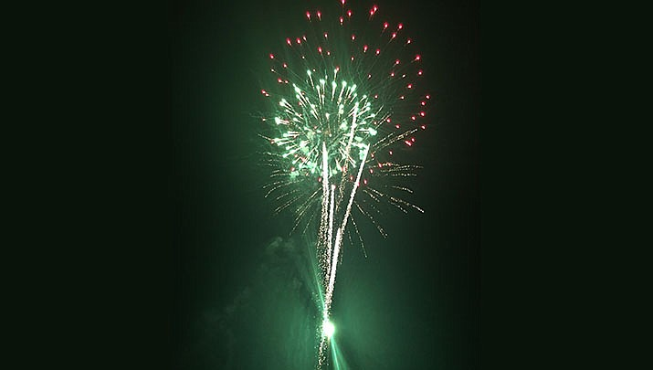 This photo is from the 2018 Fourth of July fireworks display in Kingman. The 2020 fireworks begin at dusk at the Mohave County Fairgrounds, 2600 Fairgrounds Blvd. on Saturday, July 4. (Miner file photo)