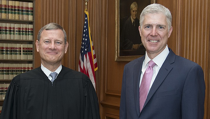 U.S. Supreme Court Chief Justice John Roberts and the liberal associate justices on the high court voted 5-4 on Monday, June 29 to strike down a Louisiana law regulating abortion clinics. (Official U.S. Supreme Court photo/Public domain)