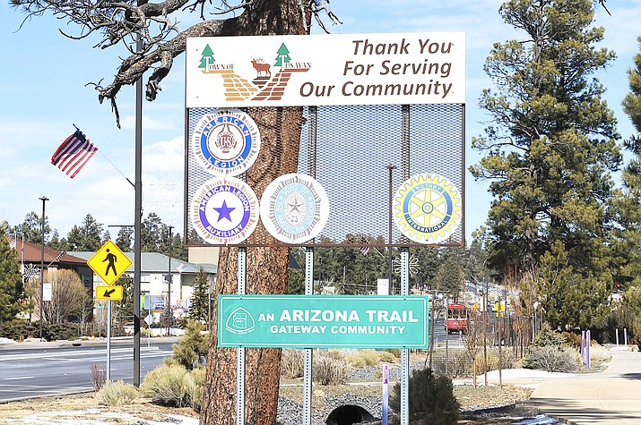 The town of Tusayan is located at the South Rim entrance to Grand Canyon National Park. (Loretta McKenney/WGCN)