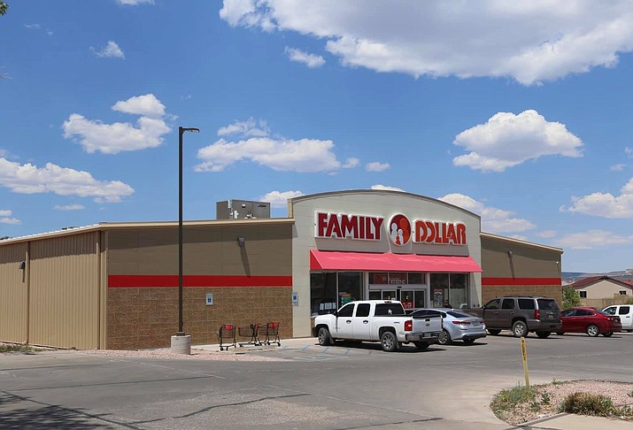 Family Dollar stores announced the withdrawl of its liquor license applications in both St. Michaels and Tuba City. (Photo/Office of the President and Vice President)