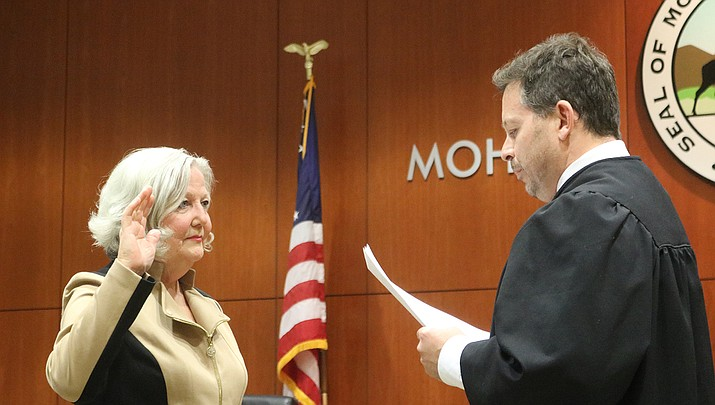 Kingman Mayor Jen Miles takes the Oath of Office in this file photo. The voters will decide on Tuesday, Aug. 4 if the terms for mayors in Kingman should be changed from two years to four years. (Miner file photo)