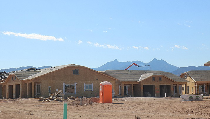 Mohave County issued 16 building permits during the week ending July 31. A new home is shown under construction in the Kingman area. (Photo by Travis Rains/Kingman Miner)