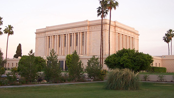 Some LDS church members in Arizona, who are traditional Republican voters, are leaning toward voting for Democrat Joe Biden in November due to a growing dissatisfaction with U.S. President Donald Trump. The LDS Temple in Mesa is shown above. (Photo by runt35, cc-by-sa-3.0, https://bit.ly/344i7gZ)