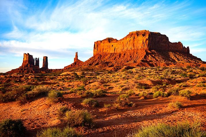 Monument Valley Tribal Park (Stock photo)