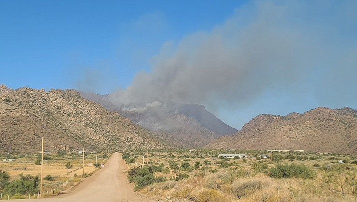 Smoke from the White Fire north of Kingman can be seen across the valley. (MCSO photo)