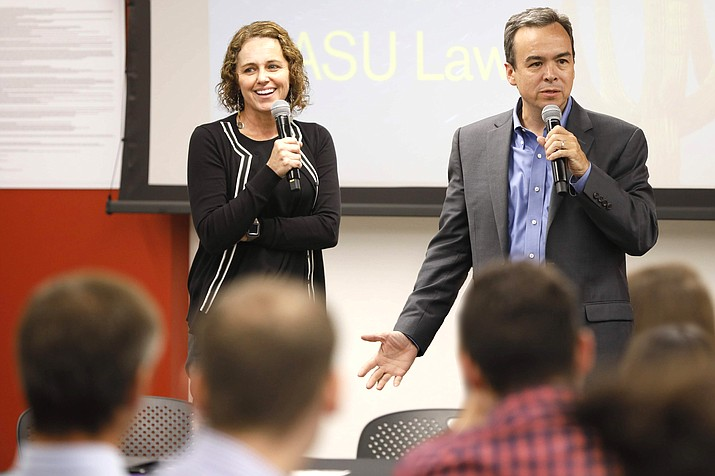 Ann Marie Bledsoe-Downes and Lawrence Roberts, faculty leadership of ASU Law's new Indian Gaming and Self-Governance programs, speak to students at a 2019 Indian Legal Program welcome dinner. (Photo/ASU)