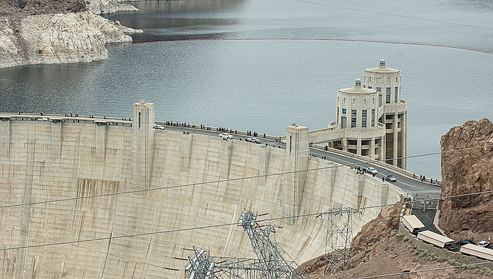 The federal government reopened Hoover Dam to visitors on Tuesday, Oct. 20, but the visitor center will remain closed due to the coronavirus pandemic. (Photo by Adam Kliczek, cc-by-sa-3.0, https://bit.ly/3hyL2wS)