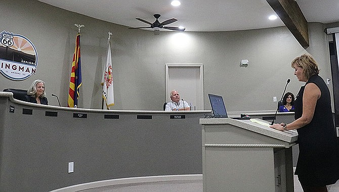 Rep. Regina Cobb (R-Kingman) addresses Kingman City Council prior to its vote to remove the mask mandate at its Oct. 20 meeting. (Travis Rains/Kingman Miner)