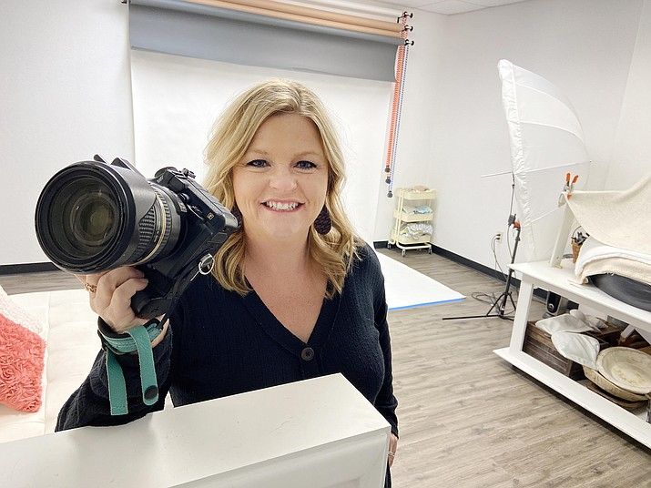 Michelle Lee Photography recently moved to the 4H Business Park on Pecan Lane. Michelle Lee Castillo said Wednesday that the new location has more shooting space, as well as two waiting rooms and a room for viewing and ordering prints. VVN/Bill Helm