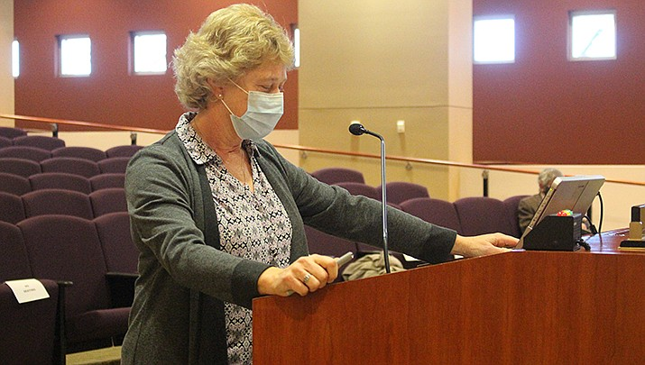 Mohave County Public Health Director Denise Burley speaks to the county board of supervisors on Monday, Jan 4. (Photo by Agata Popeda/Kingman Miner)