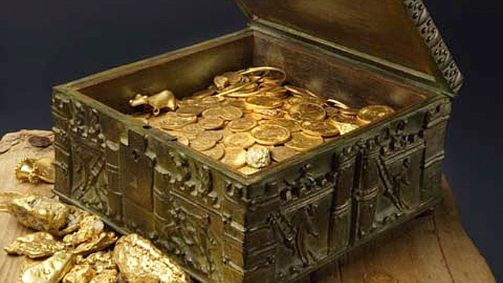 This undated photo provided by Forrest Fenn shows a chest purported to contain hundreds of rare gold coins, gold dust, gold nuggets and other artifacts. (Jeri Clausing, AP file)