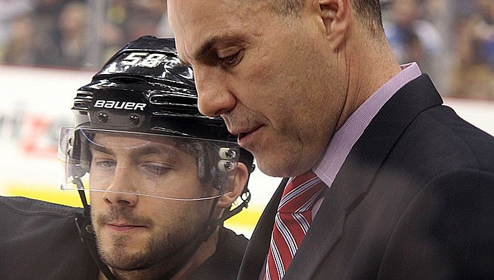 The Phoenix Coyotes and head coach Rick Tocchet have high hopes heading into the new NHL season after winning their first series in the postseason in eight years in 2020. (Photo by Michael Miller, cc-by-sa-4.0, https://bit.ly/2D5KqQC)