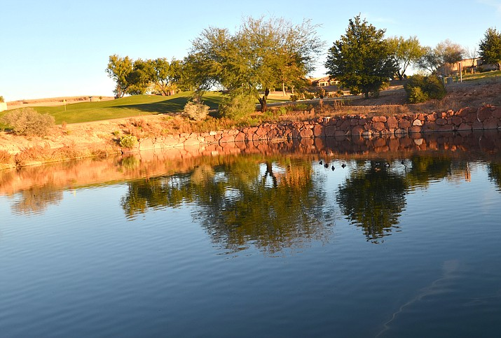 Agave Highlands Golf Course and the Verde Santa Fe Wastewater Co. were each recently issued a notice of violation by the Arizona Department of Environmental Quality for stagnant water and a strong septic odor in a pair of ponds. VVN/Vyto Starinskas