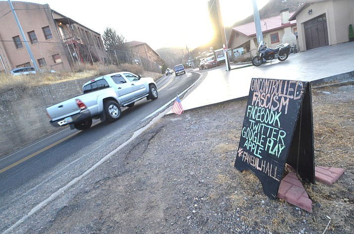 Opposing viewpoints on private sandwich signs on the bend on State Route 89A in Jerome have generated complaints to the town for years. VVN/Vyto Starinskas