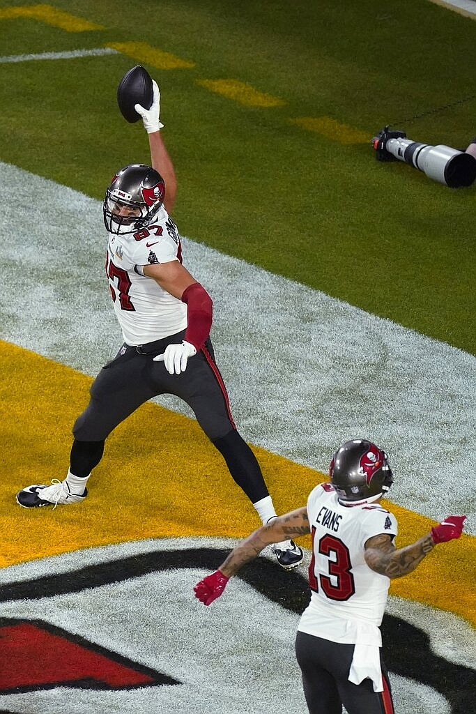 Tampa Bay Buccaneers' Rob Gronkowski (87) reacts after scoring a touchdown during the first half of the NFL Super Bowl 55 football game against the Kansas City Chiefs, Sunday, Feb. 7, 2021, in Tampa, Fla. (AP Photo/Charlie Riedel)