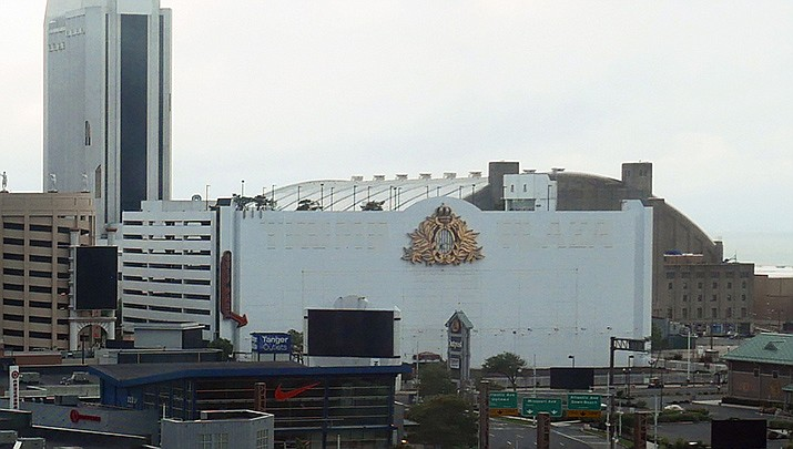 The former Trump Plaza Casino, shown in 2018, was once the most profitable casino in Atlantic City. It's been demolished to make way for parking, and eventually a long-term development project. (Photo by Wcam, cc-by-sa-1.0, https://bit.ly/2LY7QfA)