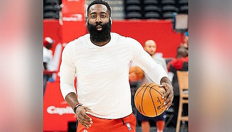 James Harden scored 38 points to lead the Brooklyn Nets to a come-from-behind win over the Phoenix Suns in an NBA basketball game on Tuesday, Feb. 16. (Photo by All-Pro Reels, cc-by-sa-2.0, https://bit.ly/3qul3vv)