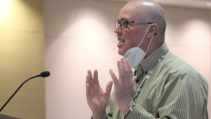Mohave County Elections Department Director Allen Tempert talks about voting centers at the county board of supervisors meeting on Feb. 16. (Photo by Agata Popeda/Kingman Miner)