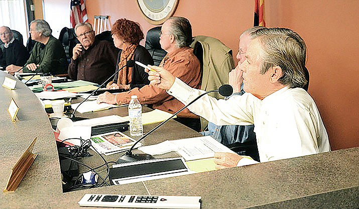Jerome's Curtis Lindner (far right) has served on the Yavapai County Planning Commission since 1995. Lindner said he fully expects new County Supervisor Donna Michaels will likely have someone else in mind for his position when his term ends in June. VVN file photo