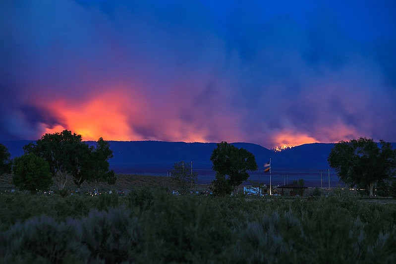 The 2020 Mangum Fire could be seen from Fredonia, Arizona.