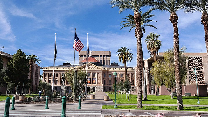 The Arizona Senate voted Monday, March 29 to rescind the policy that requires wearing masks in the chamber to help prevent the spread of coronavirus. Seven of 90 state lawmakers have been infected since the start of the pandemic. The state capitol in Phoenix is shown. (Photo by Visitor7, cc-by-sa-3.0, https://bit.ly/3o0fG5x)
