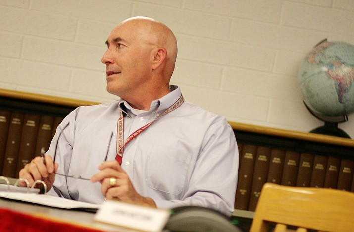 Mingus Union Superintendent Mike Westcott said Monday that the district's proposed suspension of performance evaluations does not mean teachers would lose that part of their Proposition 301 performance pay this year. The evaluation rating is one of several components to Prop 301 performance pay, he said. VVN/Bill Helm