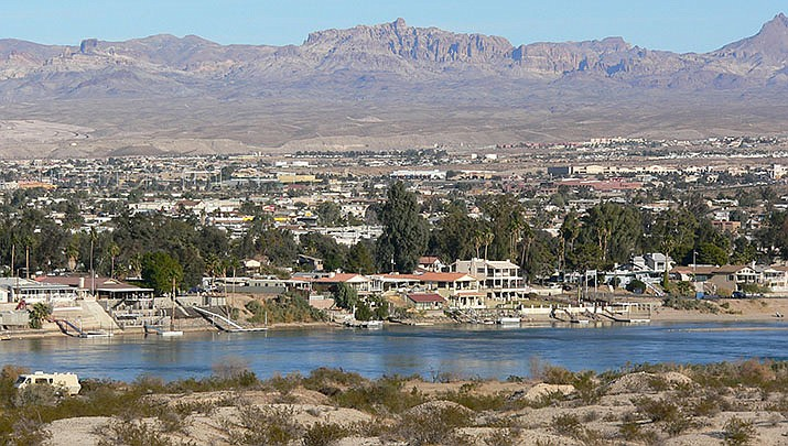 A family of three was injured when they were struck by a jet ski in the Colorado River while wading in Bullhead City on Saturday, April 3. (Photo by Stan Shebs, cc-by-sa-3.0, https://bit.ly/2NBEJPN)