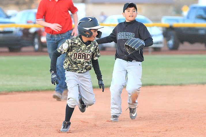 Williams Little League Yankees faced the Astros in a tough game April 15 at Cureton Park. (Loretta McKenney/WGCN)
