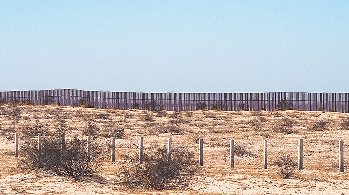 Border 'crisis': Mohave County Supervisors approve resolution asking Gov. Doug Ducey to intervene at the border