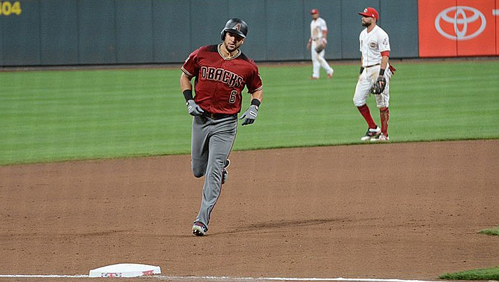 David Peralta had five hits and seven RBIs to lead the Arizona Diamondbacks to a 14-11 win over the Cincinnati Reds on Thursday, April 22 in Cincinnati. (Photo by Hayden Schiff, cc-by-sa-2.0, https://bit.ly/3gyyPex)