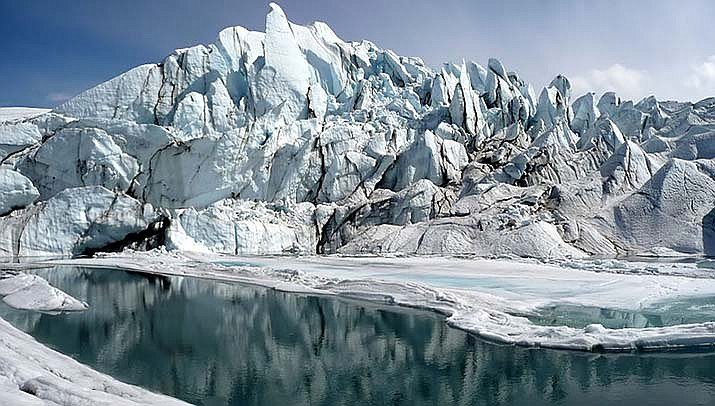 The world's glaciers are melting at a faster rate, scientists who study satellite images have calcutlated. They attribute the melting to climate change. (Photo by Sbork, cc-by-sa-3.0, https://bit.ly/3gMhAXw)