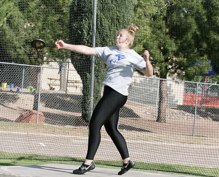 Camp Verde senior Ashlee Bueler is currently the top-ranked female athlete in Division IV in the discus with a best throw of 104-feet, 5-inches. VVN/Bill Helm