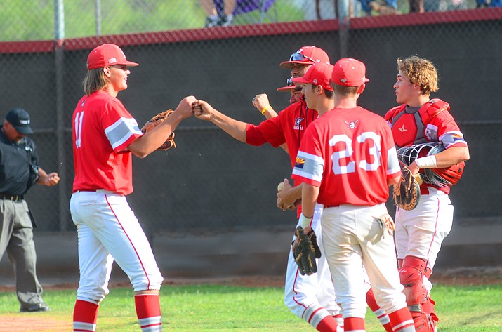 May 5, Mingus Union celebrates its 1-0 win at home over Prescott to end the season with a 7-12 record. VVN/Vyto Starinskas