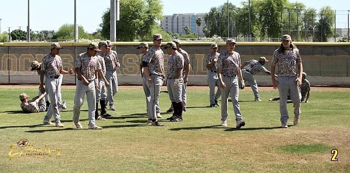 (Photo/El Big Guy photography, Winslow High School Athletics))