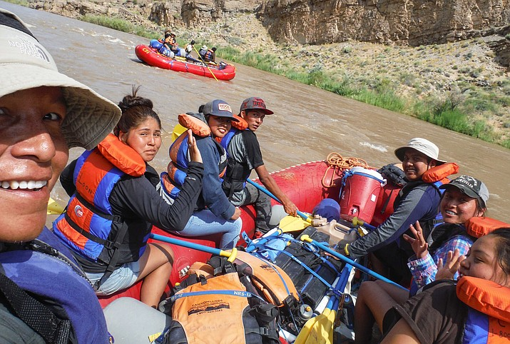 The Native Teen Guide in Training program offers Native youth the opportunity to learn new skills during an eight day river trip. (Photo/Canyon Field Institute)