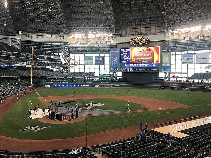The Arizona Diamondbacks lost their 17th consecutive road game with a 2-0 loss to the Milwaukee Brewers at American Family Field on Sunday, June 6. (Photo by Kyvuh, cc-by-sa-1.0, https://bit.ly/3ghORb6)