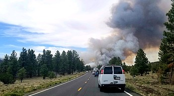 Wildfire closes Highway 180 to Grand Canyon photo