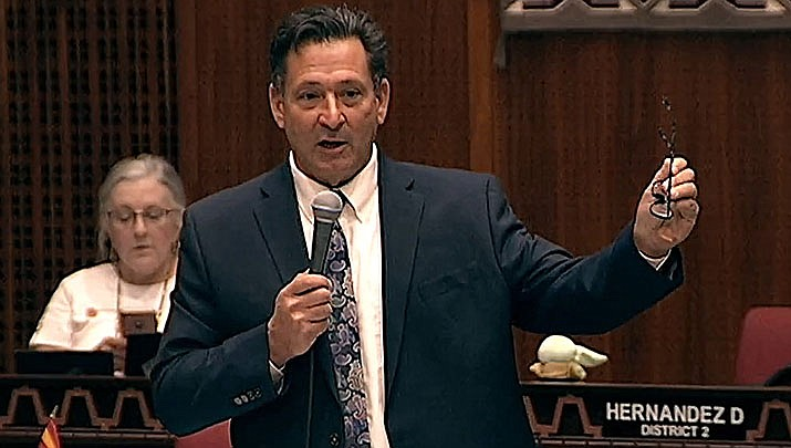 Arizona State Rep. David Cook argues against a proposal by Republican leaders which would limit the amount of income taxes paid by the most wealthy. (Photo by Howard Fischer/For the Miner)